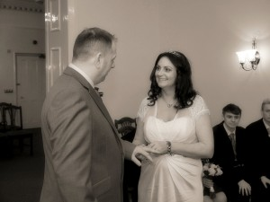 Mold Registry office special offers for wedding photography
